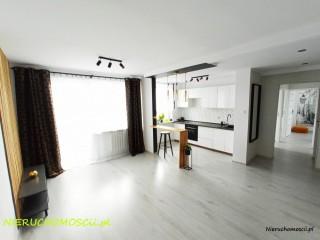 Apartament w centrum Malborka 4 pokoje 2 windy  w bloku mieszkanie